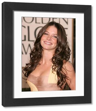 Evangeline Lilly at the 64th Golden Globe Awards held at the Beverly Hilton Hotel in Los Angeles - 15 January 2007 FAMOUS PICTURES AND FEATURES AGENCY 13 HARWOOD ROAD LONDON SW6 4QP UNITED KINGDOM tel 0 fax 0 e-mail FAM19402