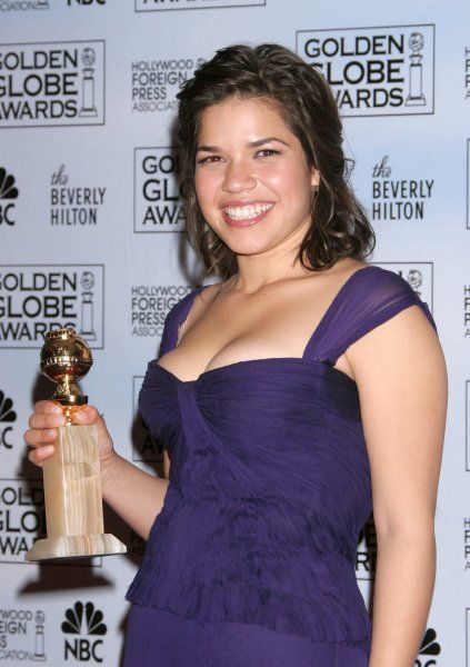 America Ferrera in the press room of the Hollywood Foreign Press Association's Golden Globe Awards at the Hotel Beverly Hilton, Hollywood - 15 January 2007 FAMOUS PICTURES AND FEATURES AGENCY 13 HARWOOD ROAD LONDON SW6 4QP UNITED KINGDOM tel +44