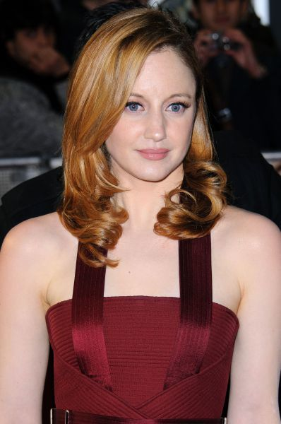 Andrea Riseborough at the gala premiere of 'W.E' in London - 11 January 2012 FAMOUS PICTURES AND FEATURES AGENCY 13 HARWOOD ROAD LONDON SW6 4QP UNITED KINGDOM tel 0 fax 0 e-mail  FAM43646