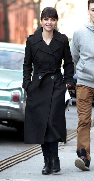 Christina Ricci on the set of the 'Pan Am' in New York City - 11 January 2012 FAMOUS PICTURES AND FEATURES AGENCY 13 HARWOOD ROAD LONDON SW6 4QP UNITED KINGDOM tel 0 fax 0 e-mail  FAM43647