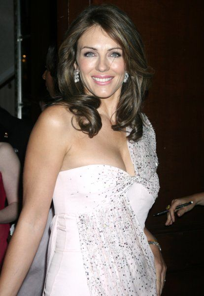 Elizabeth Hurley at the Breast Cancer Research Foundation's annual Hot Pink Party at the Waldorf Astoria in New York City - 24 April 2007 FAMOUS PICTURES AND FEATURES AGENCY 13 HARWOOD ROAD LONDON SW6 4QP UNITED KINGDOM tel +44 (0) 20 7731 9333 fax +44