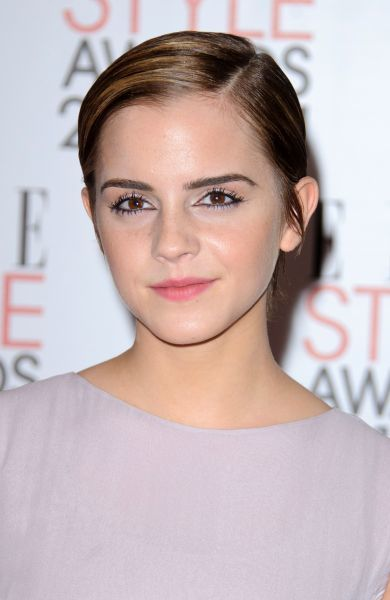 Emma Watson at the 2011 ELLE Style Awards at the Grand Connaught Rooms in London - 14 February 2011 FAMOUS PICTURES AND FEATURES AGENCY 13 HARWOOD ROAD LONDON SW6 4QP UNITED KINGDOM tel 0 fax 0 e-mail FAM40594