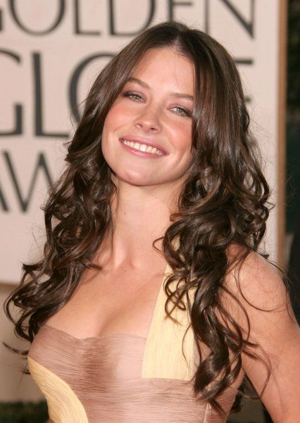 Evangeline Lilly at the 64th Golden Globe Awards held at the Beverly Hilton Hotel in Los Angeles - 15 January 2007 FAM19402