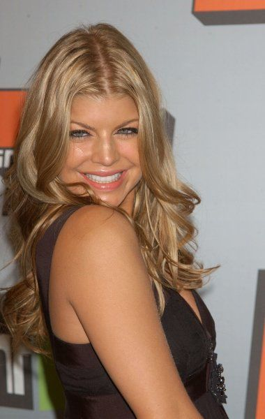 Fergie (BEP) at the Big In 2006 Awards held at Sony Studios, Los Angeles - 2 December 2006 FAMOUS PICTURES AND FEATURES AGENCY 13 HARWOOD ROAD LONDON SW6 4QP UNITED KINGDOM tel +44 (0) 20 7731 9333 fax +44 (0) 20 7731 9330 e-mail info@famous