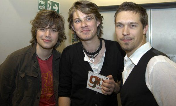Hanson performing live and signing CD's at HMV in Glasgow - 16 April 2007 FAMOUS PICTURES AND FEATURES AGENCY 13 HARWOOD ROAD LONDON SW6 4QP UNITED KINGDOM tel +44 (0) 20 7731 9333 fax +44 (0) 20 7731 9330 e-mail info@famous.uk.com www.famous