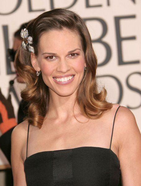 Hilary Swank at the 64th Golden Globe Awards held at the Beverly Hilton Hotel in Los Angeles - 15 January 2007 FAMOUS PICTURES AND FEATURES AGENCY 13 HARWOOD ROAD LONDON SW6 4QP UNITED KINGDOM tel 0 fax 0 e-mail FAM19402