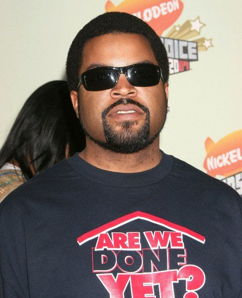 Ice Cube at the 20th Nickelodeon Kids Choice Awards held at Pauley Pavilion on the UCLA Campus in Los Angeles - 31 March 2007 FAMOUS PICTURES AND FEATURES AGENCY 13 HARWOOD ROAD LONDON SW6 4QP UNITED KINGDOM tel +44 (0) 20 7731 9333 fax +44