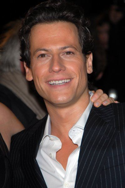 "Ioan Gruffudd at the ""Amazing Grace"" UK Film Premiere at the Curzon Mayfair cinema in Curzon Street, London - 19 March 2007 FAMOUS PICTURES AND FEATURES AGENCY 13 HARWOOD ROAD LONDON SW6 4QP UNITED KINGDOM tel +44 (0) 20 7731 9333 fax +44"