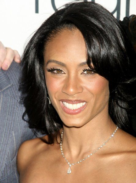 Jada Pinkett Smith at the premiere of Reign Over Me in New York City - 20 March 2007 FAMOUS PICTURES AND FEATURES AGENCY 13 HARWOOD ROAD LONDON SW6 4QP UNITED KINGDOM tel +44 (0) 20 7731 9333 fax +44 (0) 20 7731 9330 e-mail info@famous.uk.com www