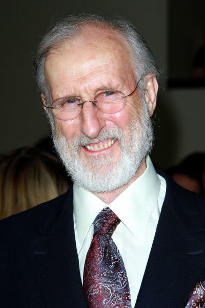 James Cromwell at the 64th Annual DGA Awards held at the Kodak Theater in Hollywood, Los Angeles - 28 January 2012  FAMOUS PICTURES AND FEATURES AGENCY 13 HARWOOD ROAD LONDON SW6 4QP UNITED KINGDOM tel 0 fax 0 e-mail FAM43786