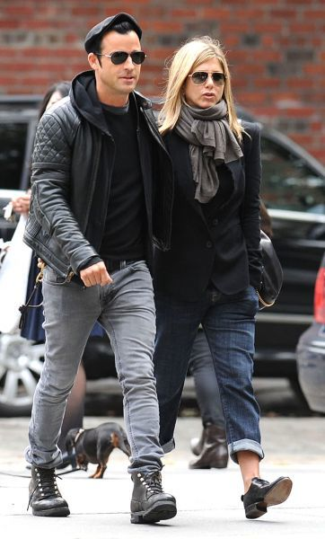 Jennifer Aniston and Justin Theroux out and about in the West Village, New york City - 16 September 2011  FAMOUS PICTURES AND FEATURES AGENCY 13 HARWOOD ROAD LONDON SW6 4QP UNITED KINGDOM tel +44 (0) 20 7731 9333 fax +44 (0) 20 7731 9330 e-mail info@famous