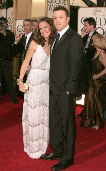 Jennifer Garner and Ben Affleck at the 64th Golden Globe Awards held at the Beverly Hilton Hotel in Los Angeles - 15 January 2007 FAM19402