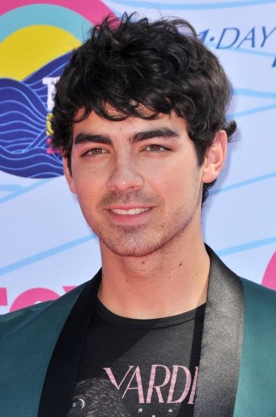 Joe Jonas at the 2012 Teen Choice Awards in Los Angeles - 22 July 2012 FAMOUS  PICTURES AND FEATURES AGENCY  13 HARWOOD ROAD LONDON SW6 4QP  UNITED KINGDOM  tel 0  fax 0  e-mail    FAM45710