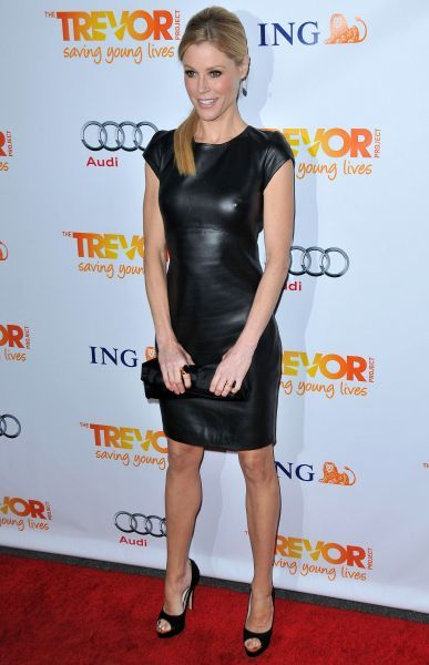 Julie Bowen at the 'Trevor Live' event held at the Hollywood Palladium in Los Angeles - 04 December 2011 FAMOUS  PICTURES AND FEATURES AGENCY  13 HARWOOD ROAD LONDON SW6 4QP  UNITED KINGDOM  tel 0  fax 0  e-mail    FAM43417