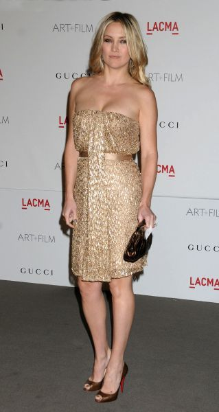 Kate Hudson at the LACMA Art and Film Gala honouring Clint Eastwood and John Baldessari presented by Gucci held at the LACMA Museum in Los Angeles - 05 November 2011 FAMOUS  PICTURES AND FEATURES AGENCY  13 HARWOOD ROAD LONDON SW6 4QP  UNITED