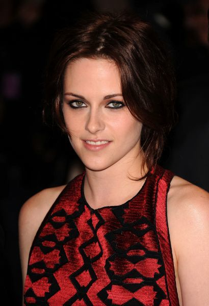 Kristen Stewart at the Metropolitan Museum of Art's Costume Institute gala in New York City - 02 May 2011 FAMOUS PICTURES AND FEATURES AGENCY 13 HARWOOD ROAD LONDON SW6 4QP UNITED KINGDOM tel 0 fax 0 e-mail  FAM41245