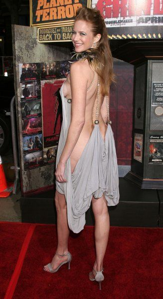 Laura Cayouette at the US premiere of Grindhouse held atThe Orpheum Theater in Los Angeles - 26 March 2007 FAM19907