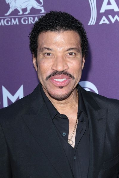 Lionel Richie at the 47th Academy of Country Music Awards in Las Vegas - 01 April 2012 FAMOUS PICTURES AND FEATURES AGENCY 13 HARWOOD ROAD LONDON SW6 4QP UNITED KINGDOM tel 0 fax 0 e-mail  FAM44466