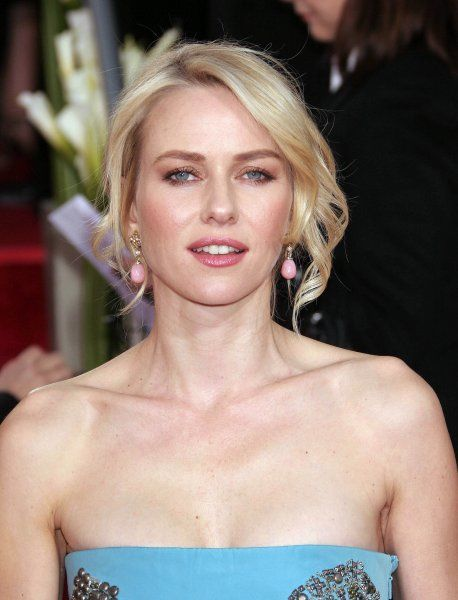 Naomi Watts at the 64th Golden Globe Awards held at the Beverly Hilton Hotel in Los Angeles - 15 January 2007 FAMOUS PICTURES AND FEATURES AGENCY 13 HARWOOD ROAD LONDON SW6 4QP UNITED KINGDOM tel +44 (0) 20 7731 9333 fax +44 (0) 20 7731 9330