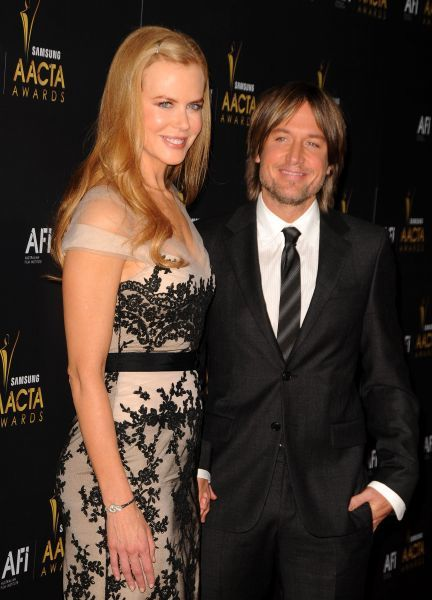 Nicole Kidman and Keith Urban at the Australian Academy Of Cinema And Television Arts Awards in Los Angeles - 27 January 2012 FAM43788