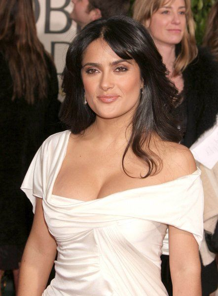 Salma Hayek at the 64th Golden Globe Awards held at the Beverly Hilton Hotel in Los Angeles - 15 January 2007 FAMOUS PICTURES AND FEATURES AGENCY 13 HARWOOD ROAD LONDON SW6 4QP UNITED KINGDOM tel 0 fax 0 e-mail FAM19402