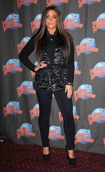 Samantha Giancola aka Sammi Sweetheart at Planet Hollywood Times Square to promote her new fragrance, 'Dangerous', and 'Jersey Shore' in New York City - 11 January 2012 FAMOUS PICTURES AND FEATURES AGENCY 13 HARWOOD ROAD LONDON SW6 4QP UNITED