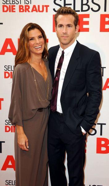 "Sandra Bullock and Ryan Reynolds at the premiere of ""The Proposal"" at Munich Film Festival in Germany - 29 June 2009 FAMOUS  PICTURES AND FEATURES AGENCY  13 HARWOOD ROAD LONDON SW6 4QP  UNITED KINGDOM  tel 0  fax 0  e-mail    FAM26301"