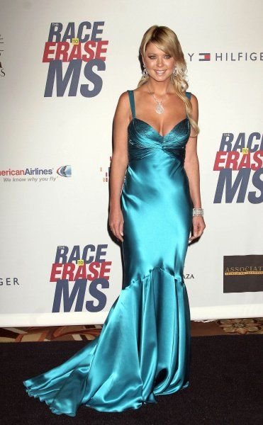 "Tara Reid at The 14th Annual ""Race To Erase MS"" Gala held at the Century Plaza Hotel, Los Angeles - 13 April 2007 FAMOUS PICTURES AND FEATURES AGENCY 13 HARWOOD ROAD LONDON SW6 4QP UNITED KINGDOM tel +44 (0) 20 7731 9333 fax +44 (0)"