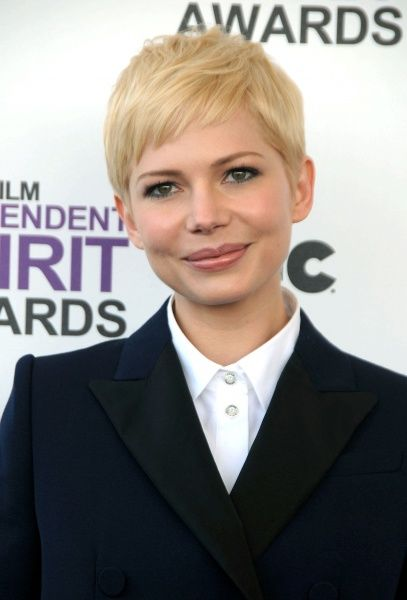 No Usa, No Agents. Michelle Williams at the 2012 Film Independent Spirit
