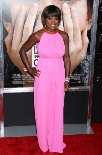 Viola Davis at the premiere of 'Extremely Loud and Incredibly Close' in New York City - 15 December 2011 FAM43536